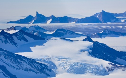 Spectacular view of mountains and glaciers.